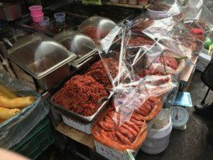韓国 南大門市場に行ったら買うべき絶品「イカキムチ」