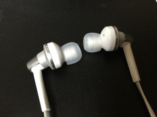 耳栓タイプヘッドホン