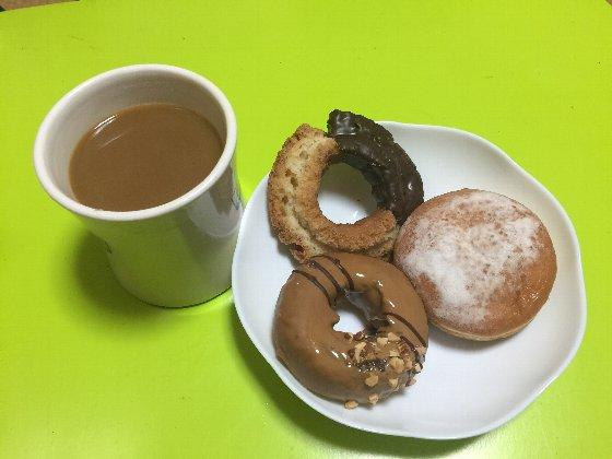 セブンカフェドーナツとコーヒー