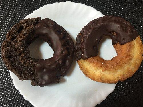 ファミマ チョコレートドーナツ