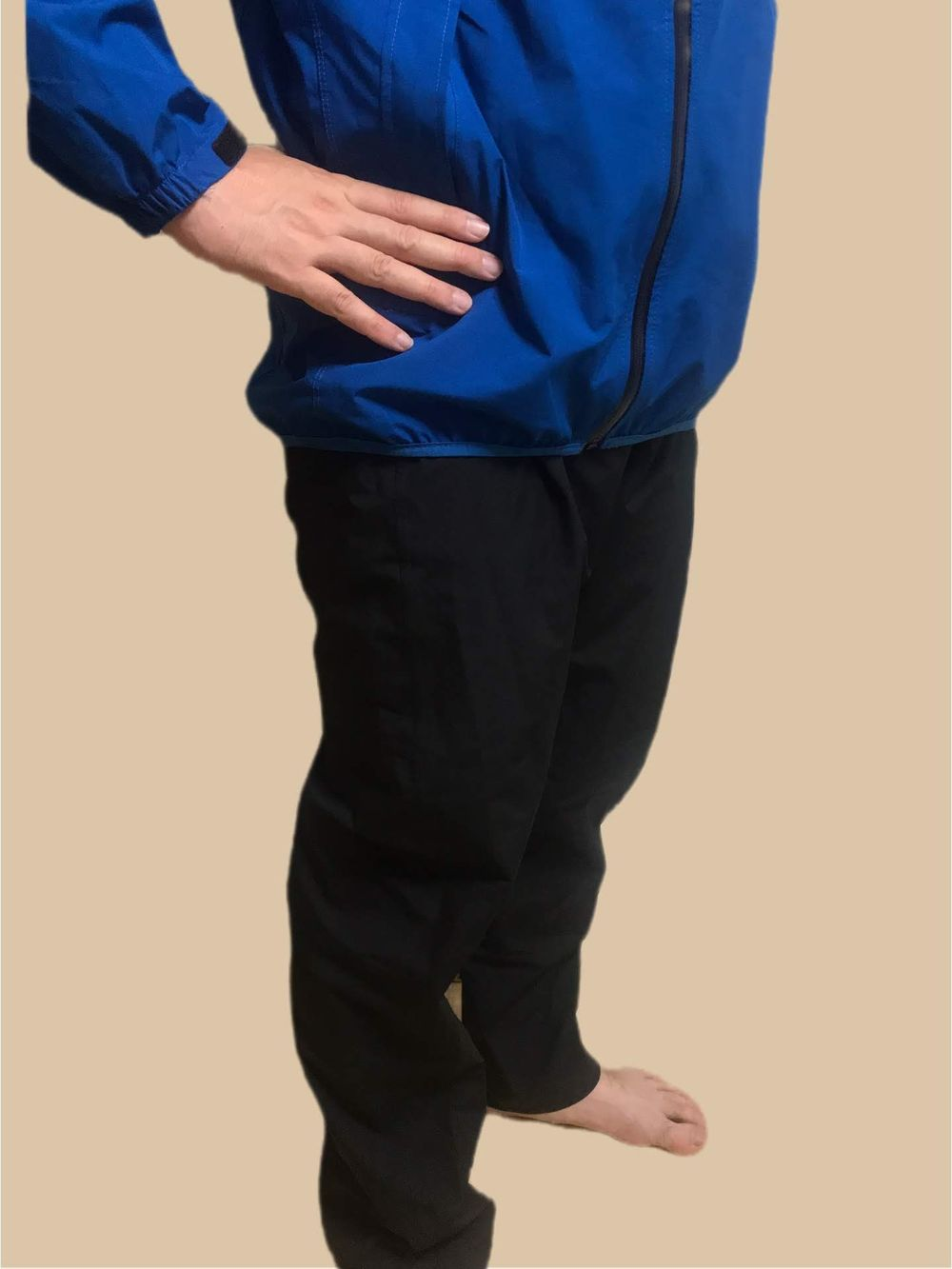 イージスレインスーツ裾